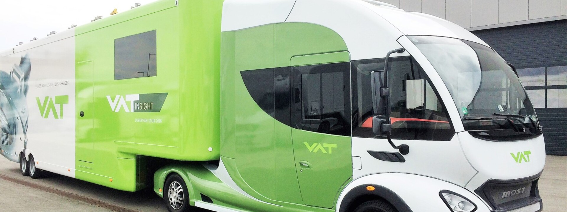 1-vat-showtruck-infomobil-futuria-mobile-messe.jpg