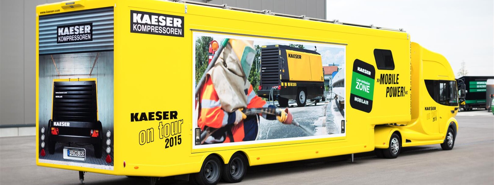 Kaeser-Showtruck-Futuria-2-backside-s.jpg